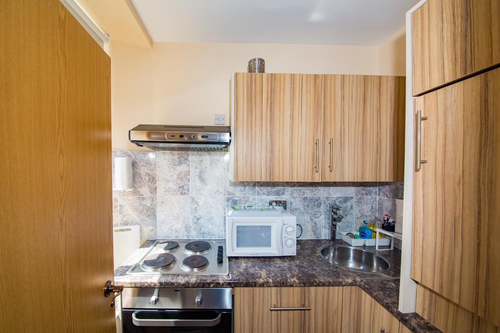 Sheffield-Serviced-Accommodation---Hillsborough-Apartments-Near-Sheffield-Railway-Station---Urban-Stay-4
