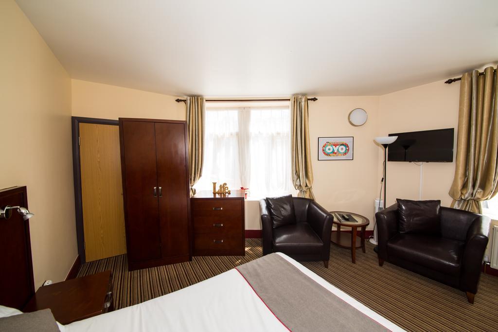 Sheffield-Serviced-Accommodation---Hillsborough-Apartments-Near-Sheffield-Railway-Station---Urban-Stay-5