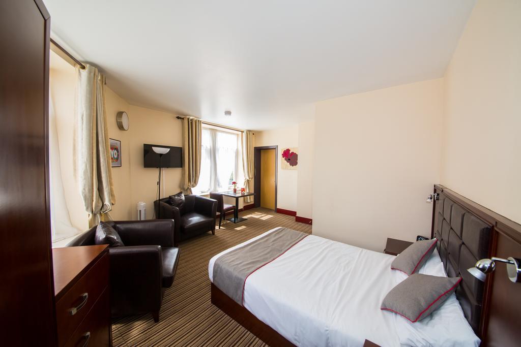 Sheffield-Serviced-Accommodation---Hillsborough-Apartments-Near-Sheffield-Railway-Station---Urban-Stay-7