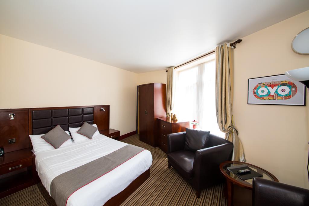 Sheffield-Serviced-Accommodation---Hillsborough-Apartments-Near-Sheffield-Railway-Station---Urban-Stay-8