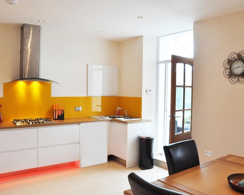 Short-let-Accommodation-Aberdeen---Bieldside-Apartments-Near-Aberdeen-Harbour---Urban-Stay-1