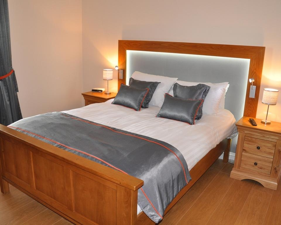 Short-let Accommodation Aberdeen - Bieldside Apartments Near Aberdeen Harbour - Urban Stay 2