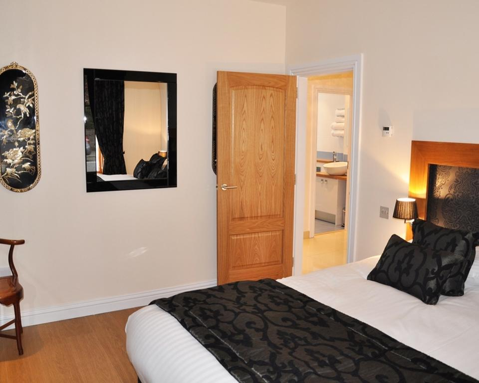 Short-let-Accommodation-Aberdeen---Bieldside-Apartments-Near-Aberdeen-Harbour---Urban-Stay-3