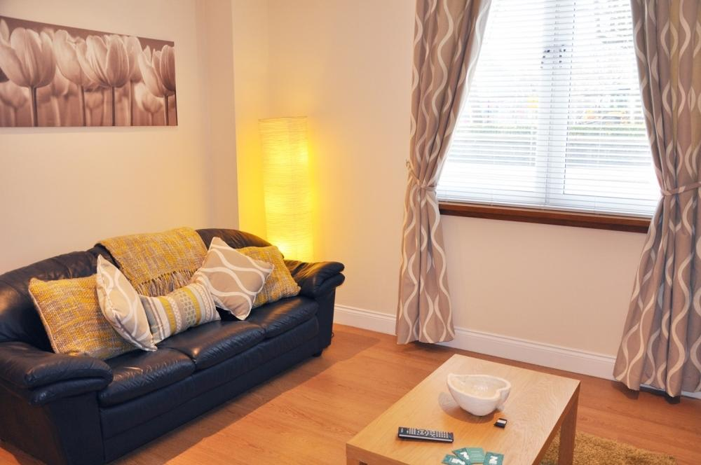 Short-let Apartments Aberdeen - Kittybrewster Apartments Near Aberdeen Maritime Museum - Urban Stay 1