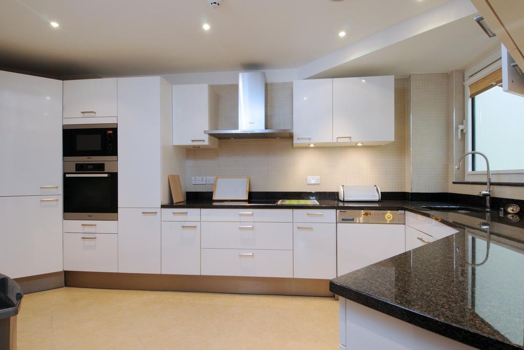 St-James's-Serviced-Accommodation---Arlington-Street-Apartments-Near-Oxford-Street---Urban-Stay-2
