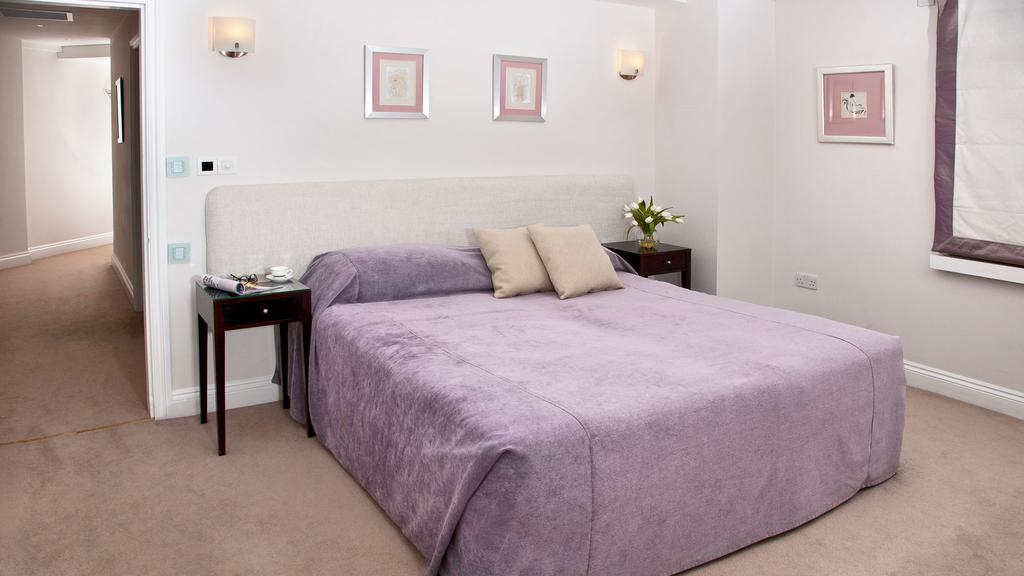 St-James's-Serviced-Accommodation---Arlington-Street-Apartments-Near-Oxford-Street---Urban-Stay-3