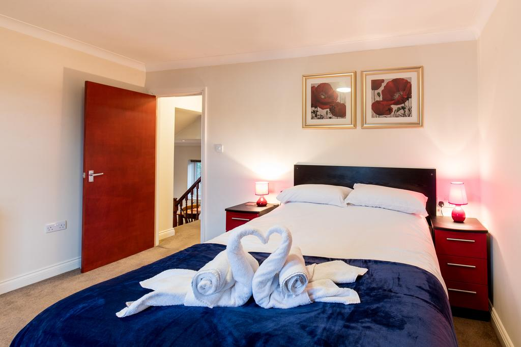 Stansted-Mountfitchet-Serviced-Apartments---Pines-Hill-Apartments---Urban-Stay-2