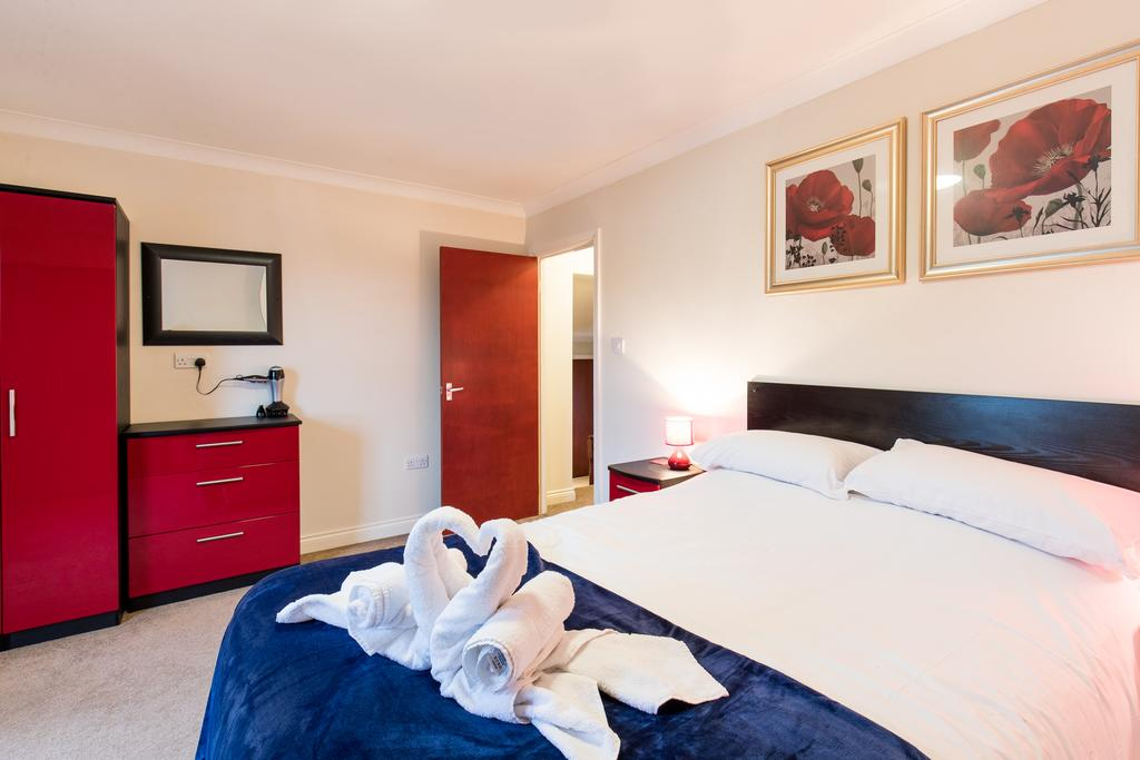 Stansted-Mountfitchet-Serviced-Apartments---Pines-Hill-Apartments---Urban-Stay-3