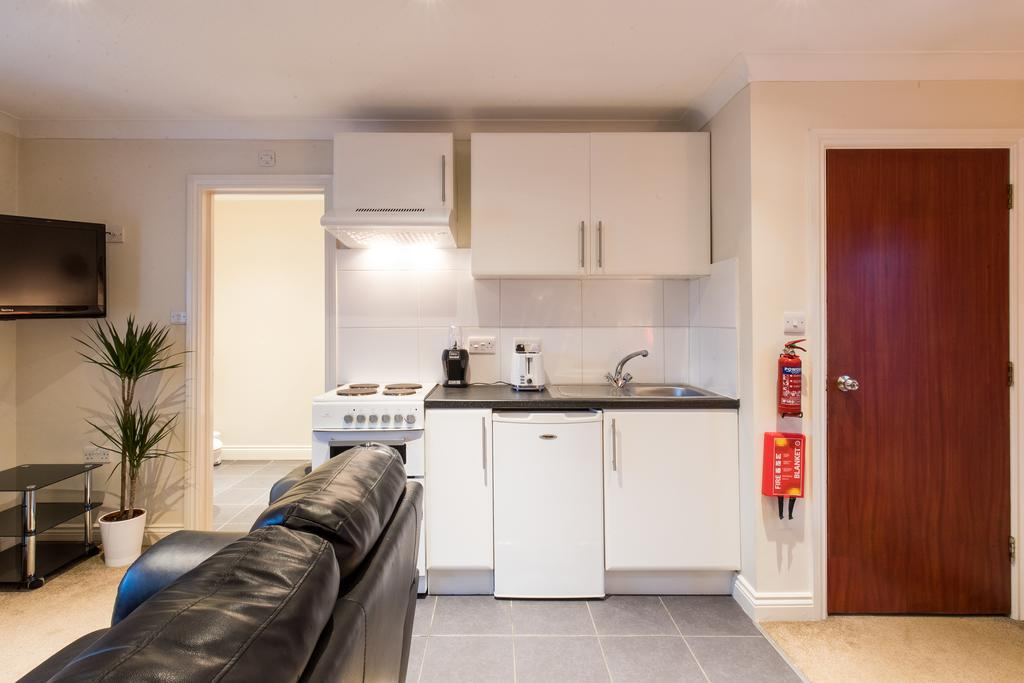 Stansted-Mountfitchet-Serviced-Apartments---Pines-Hill-Apartments---Urban-Stay-4