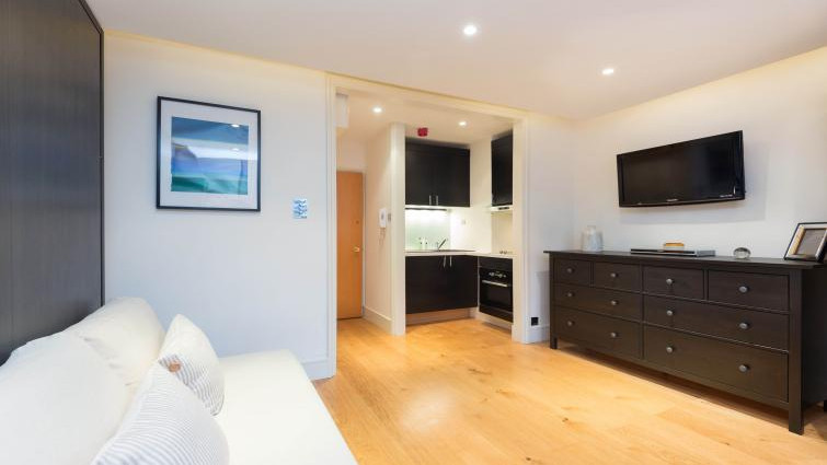 Bayswater Serviced Accommodation - Craven Hill Apartments Near Lancaster Gate underground tube station - Urban Stay 14