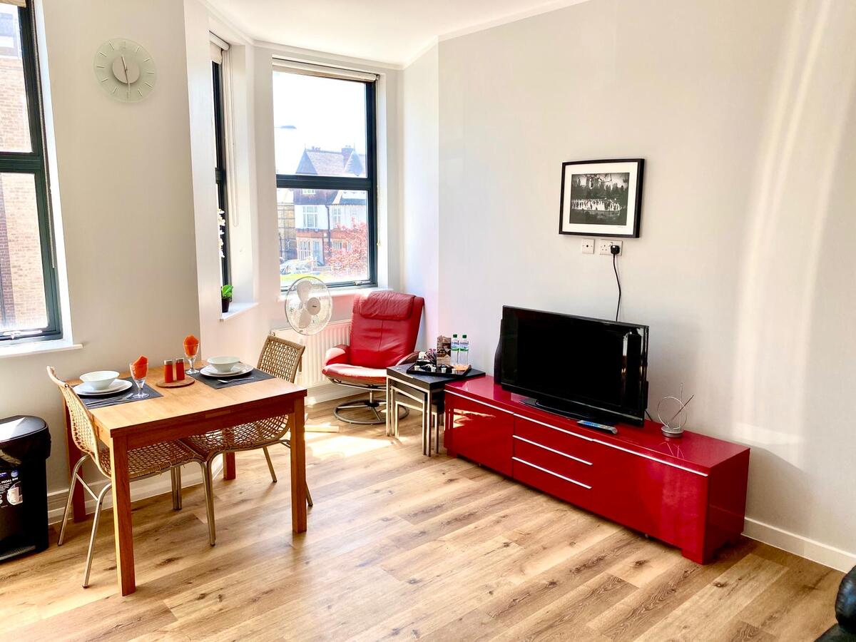 Looking for affordable apartments within easy commute to Croydon? Why not book our Serviced Accommodation Croydon at Park Lane. Call today for great rates.
