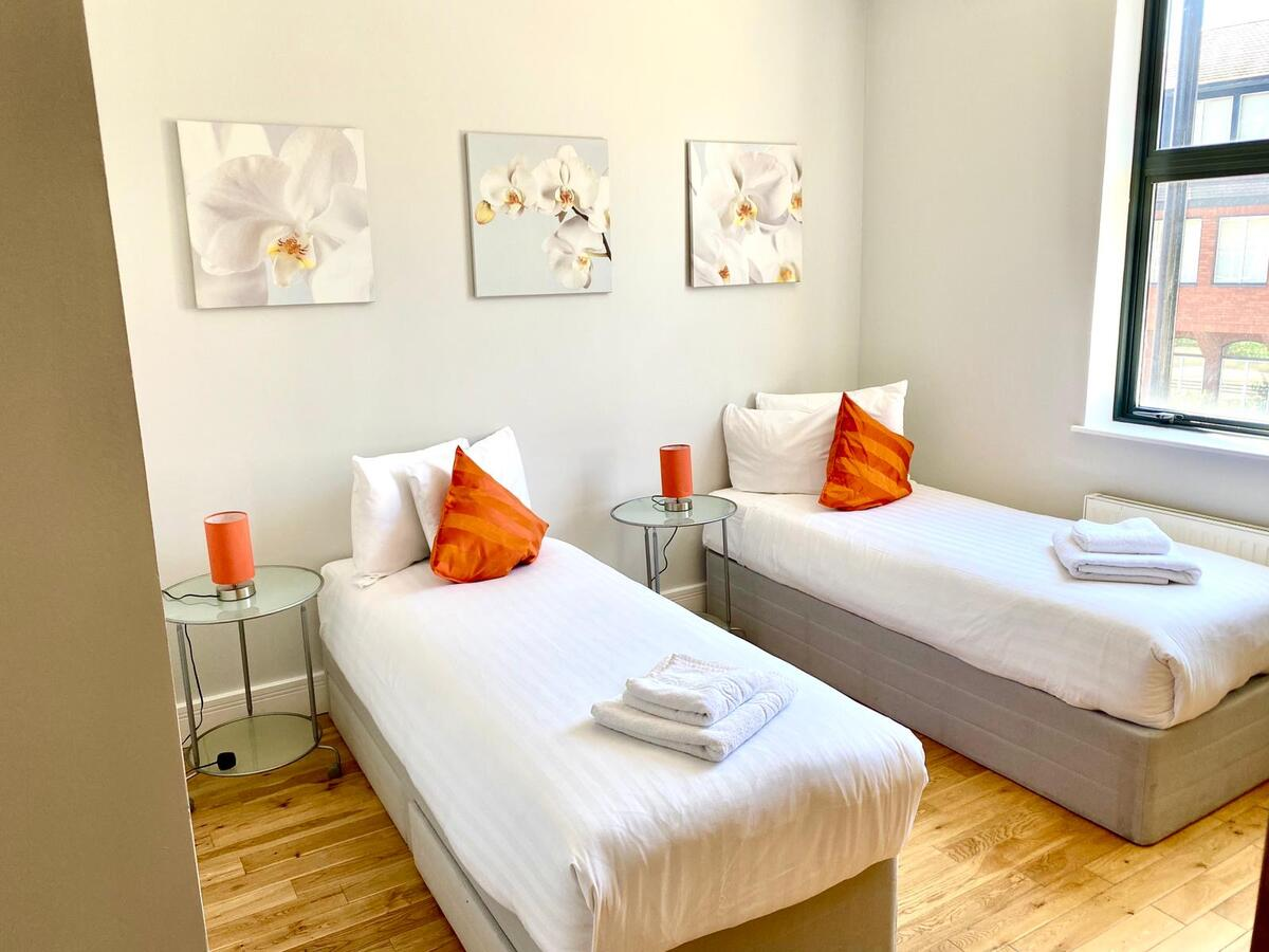 Looking-for-affordable-apartments-within-easy-commute-to-Croydon?-Why-not-book-our-Serviced-Accommodation-Croydon-at-Park-Lane.-Call-today-for-great-rates.